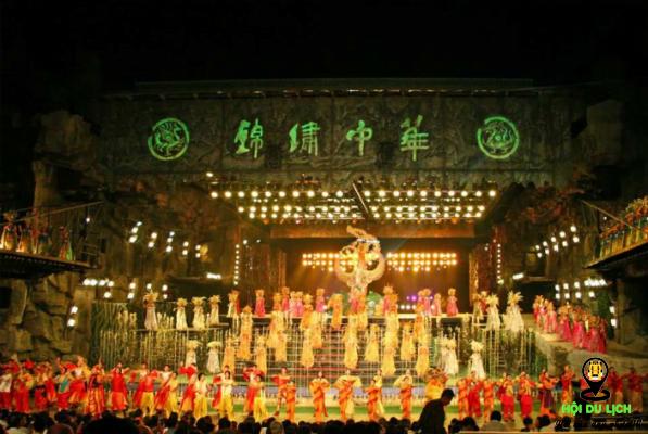 Những màn biểu diễn hành tráng công phu, tỉ mỉ (ảnh sưu tầm)