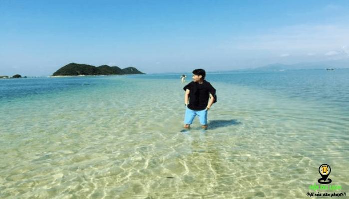 Trải nghiệm đứng giữa con đường biển đảo Điệp Sơn (ảnh sưu tầm)