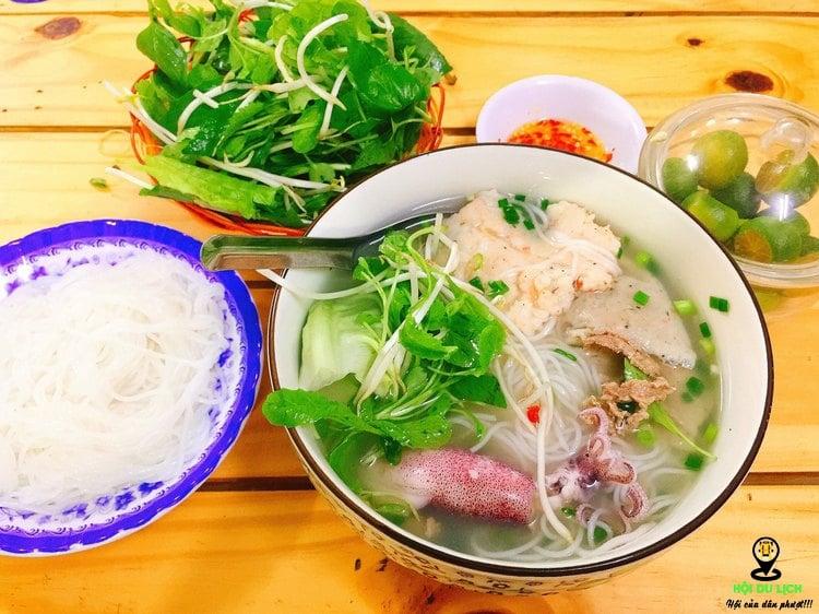 Món bún quậy độc đáo lạ của Phú Quốc