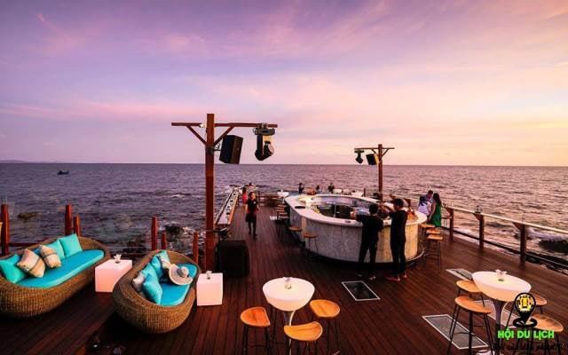 Quán cafe bờ biển Phú Quốc