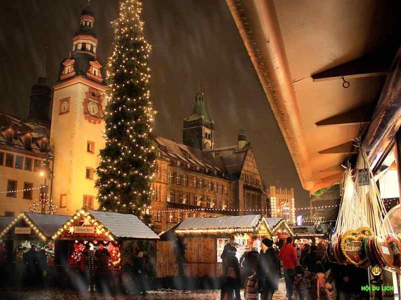 Đức cũng là một trong những nước rộn ràng với không khí Giáng Sinh