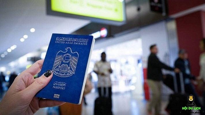 Hộ chiếu Việt Nam thì xếp thứ 76/98 trong bảng xếp hạng.