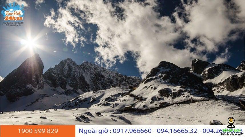 Núi tuyết Ngọc Long có đáng để ghé thăm?