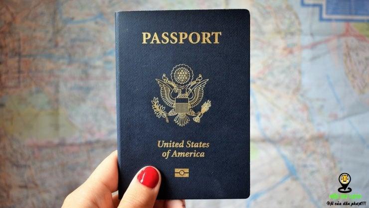 Chú ý mang đầy đủ giấy tờ khi đi du lịch bất cứ địa điểm nào không chỉ riêng Đà Nẵng