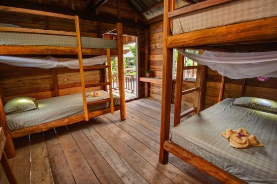 Chia sẻ kinh nghiệm du lịch đảo Koh Rong Samloem
